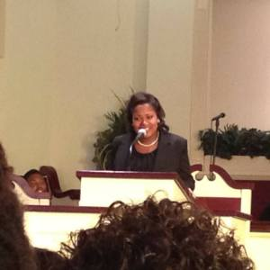Ricki Blakeney preaching her initial sermon